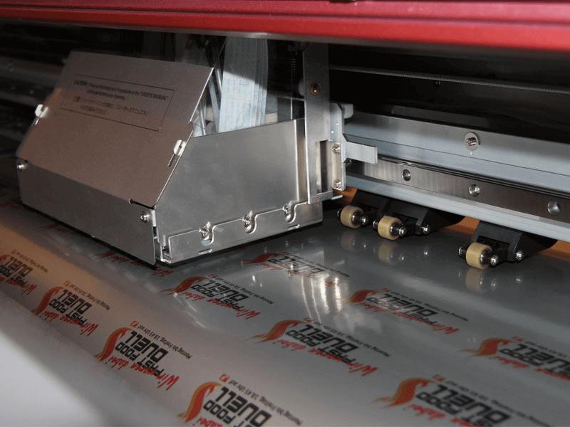 Digitaldruckaufkleber auf Silbermetallicfolie